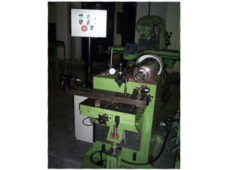 Woodruff Key Way Milling Machines